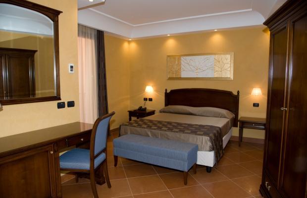 фото Artemis Hotel изображение №30