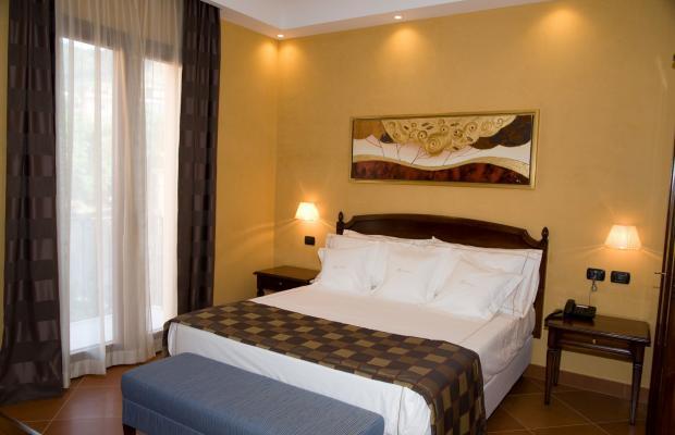 фото Artemis Hotel изображение №6