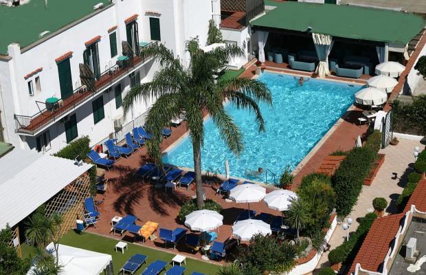 фото отеля Lord Byron изображение №1