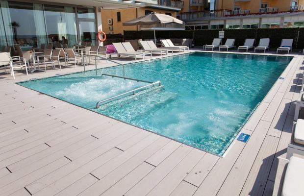 фото отеля Hotel Adlon изображение №57