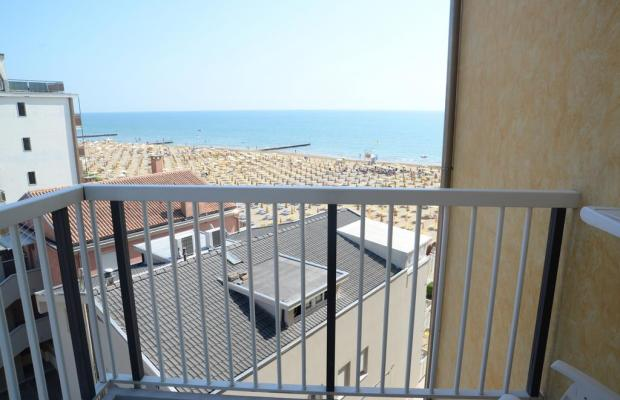 фотографии Hotel Capri изображение №8