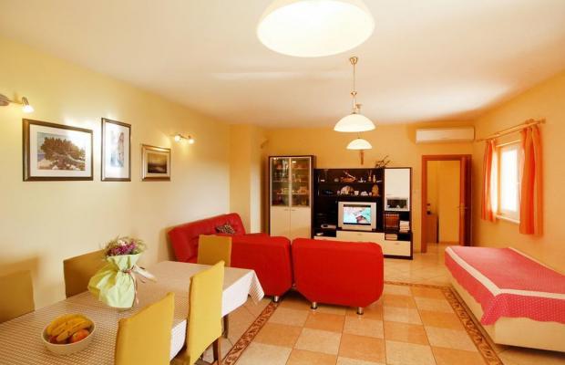 фотографии отеля Apartment Vrkici (ex. Apartment Novigrad; bb3 Room House 60 M2 Inh 32789) изображение №7