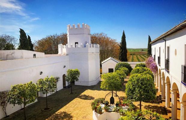 фото отеля Cortijo Torre de la Reina изображение №1