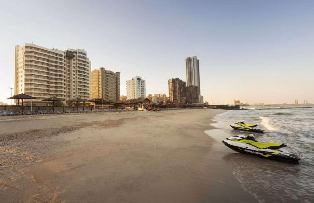 фото отеля Ramada Beach Hotel (ex. Landmark Suites Ajman; Coral Suites) изображение №21