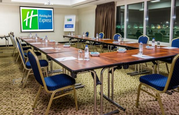 фотографии Holiday Inn Express Dubai Airport изображение №16
