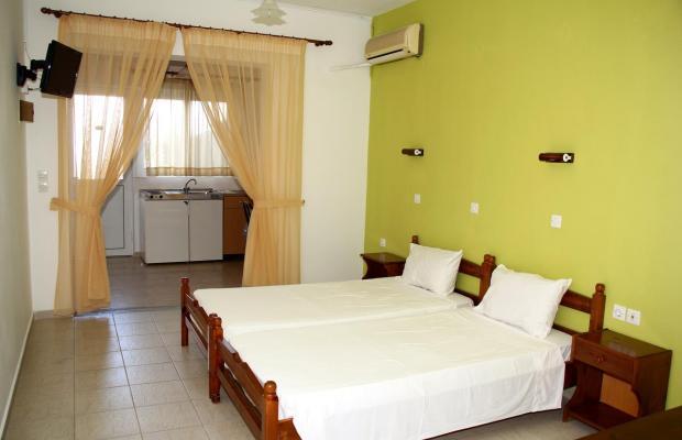 фотографии отеля Karavos Apartments изображение №3