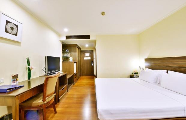 фото отеля St. James Hotel изображение №9