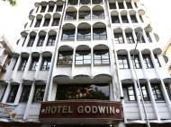 Godwin, 3*