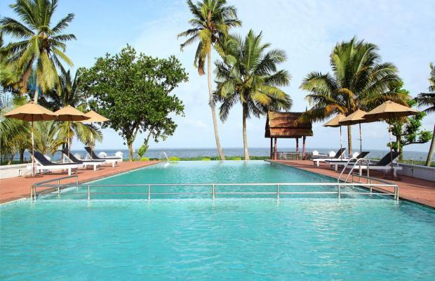 фото отеля Abad Whispering Palm изображение №1