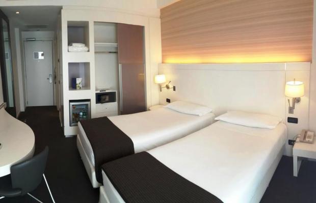 фото отеля IH Hotel Roma Z3 (ex. Idea Hotel Roma Z3) изображение №21