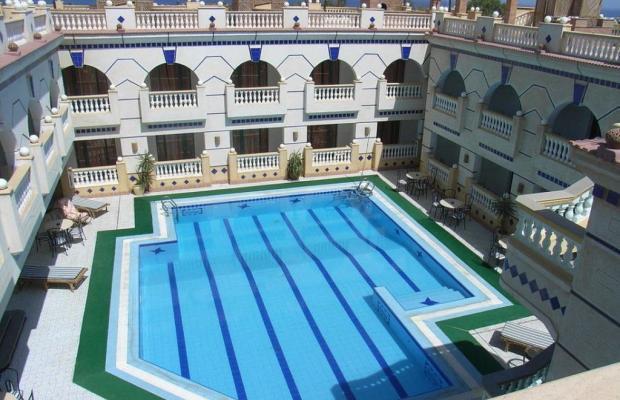 фото отеля La Reine Hotel & Dive Resort изображение №1