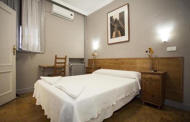 фотографии отеля Hostal Aresol изображение №7