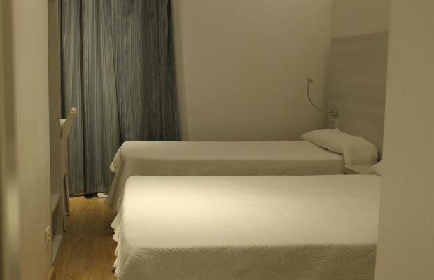 фотографии отеля Hostal Fina изображение №7