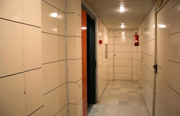 фото Apartamentos Descartes изображение №10