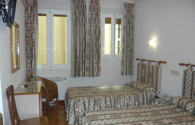 фотографии отеля Hostal Triana изображение №11