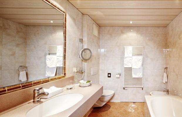 фото Hotel Berghof Crystal Spa & Sports изображение №62