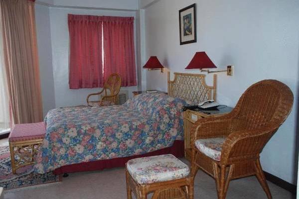 фото Humberto's Hotel изображение №2