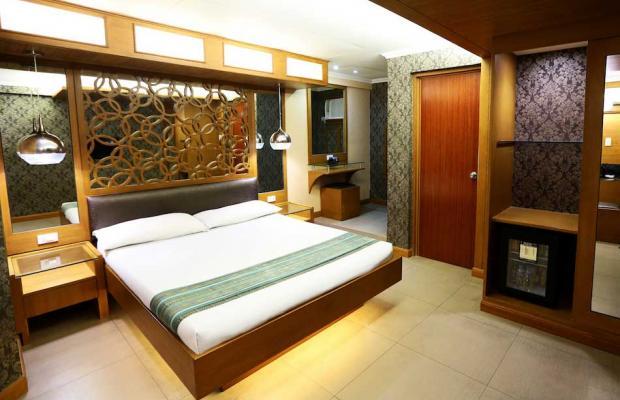 фото отеля Victoria Court Gil Puyat изображение №5