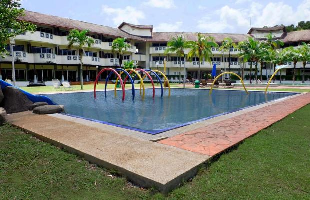 фото отеля Lanjut Beach & Golf Resort - West Wing (ex. Serai Di Lanjut Beach & Golf Resort) изображение №1