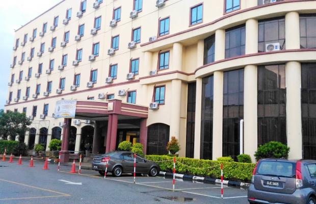 фото отеля Aston Hotel Nilai (ех. Allson Klana Bandar Baru Nilai) изображение №1