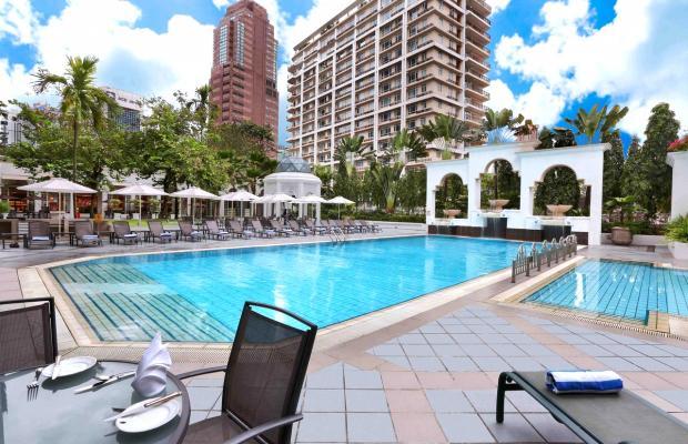 фото отеля Istana изображение №1