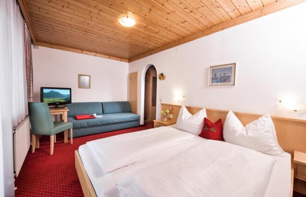 фото отеля Fruehstueckspension Haus am Dorfplatz изображение №13