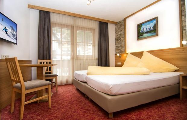 фото отеля Haus Tiatsh изображение №9