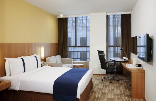 фото отеля Holiday Inn Express Beijing Minzuyuan изображение №17