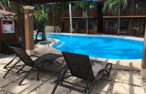 фото отеля Pyramid Beach Resort (ex. Pyramid Emie Bar & Cottages) изображение №5