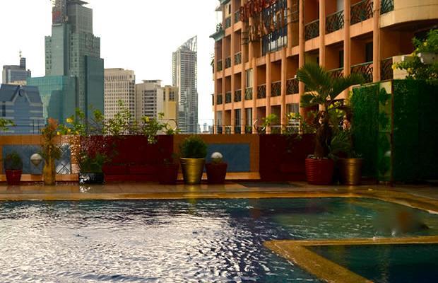 фотографии отеля Makati Palace изображение №3
