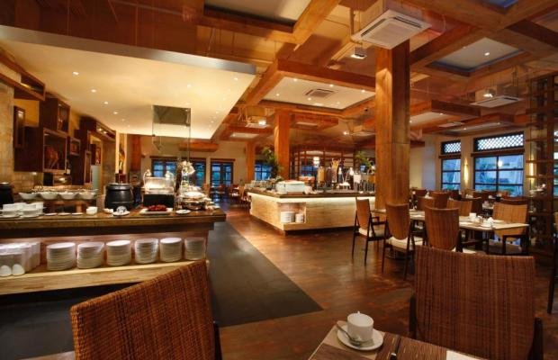 фотографии отеля Crimson Resort & Spa изображение №7