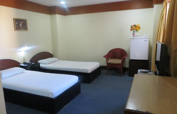 фотографии отеля Paragon Suites изображение №19