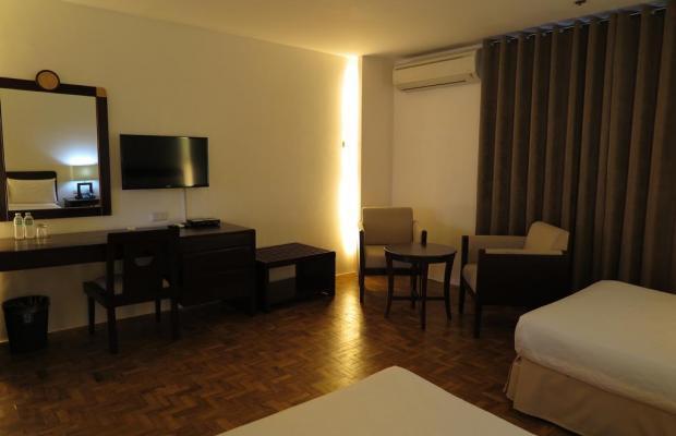 фото отеля Century Plaza Hotel изображение №5