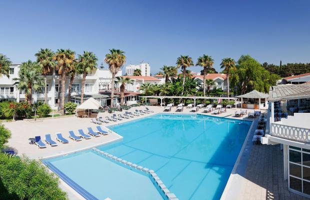 фото LA Hotel & Resort изображение №2
