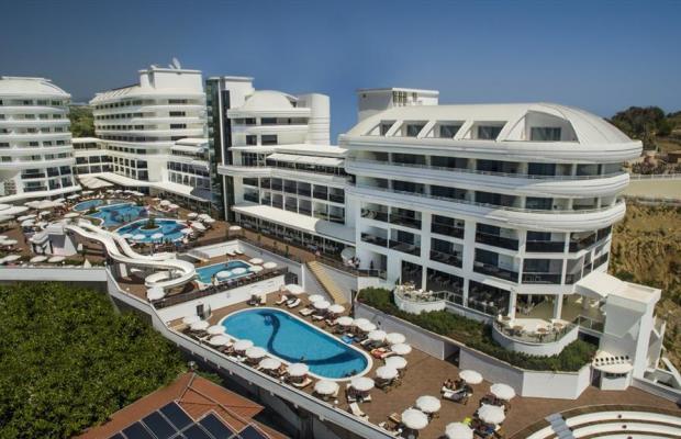фото отеля Laguna Beach Alya Resort & Spa изображение №1