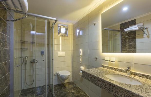фотографии отеля Lonicera City изображение №7