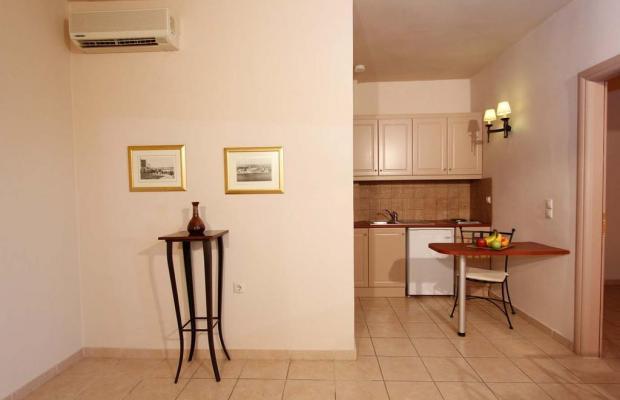 фотографии отеля Lambrinos Suites изображение №15