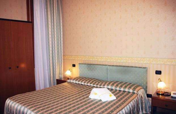 фотографии отеля Albergo Leon D'oro изображение №15
