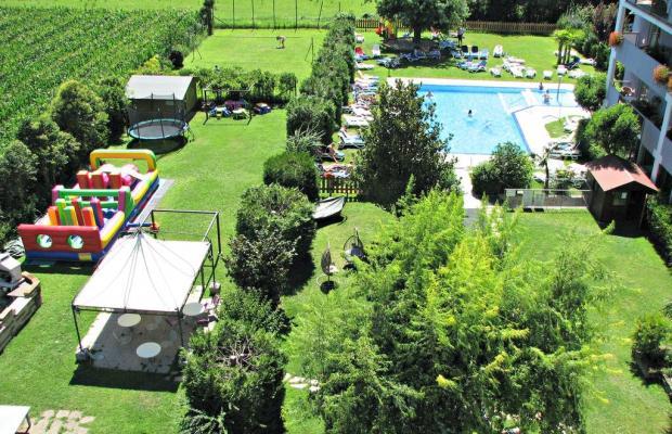 фото отеля Ambassador Suite изображение №33