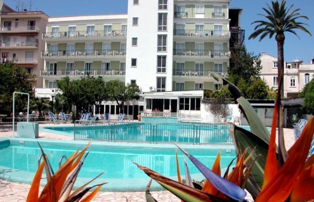 фото отеля Carlton International изображение №5